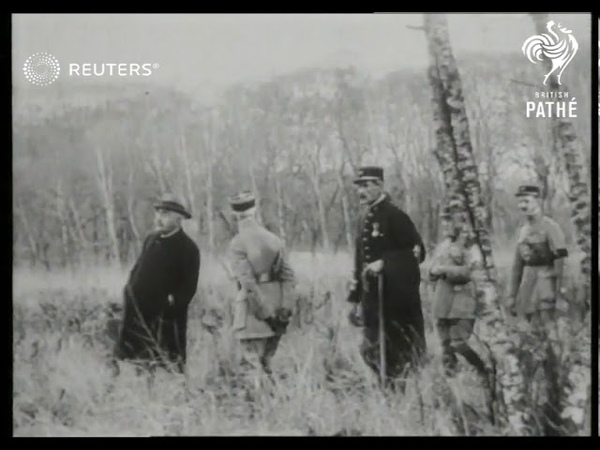 USA Eugene Debs, American socialist, released from Atlantic prison (1922)