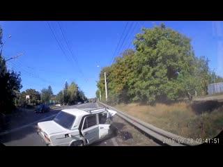 Появилось видео ДТП под Симферополем с выехавшим на встречку BMW