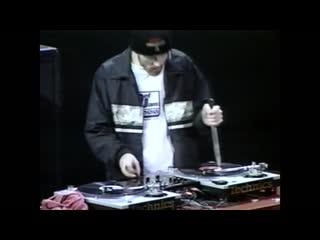 """real dj's use vinyl"""