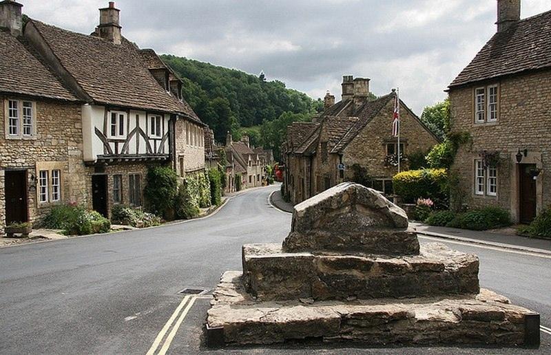Касл Ком - самая красивая деревня в Англии!, изображение №7