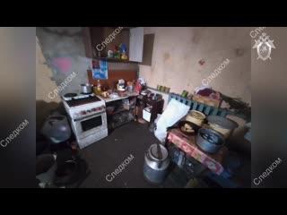В Гатчинском районе полиция и ОМОН обнаружили коттедж со складом оружия и бронежилетов