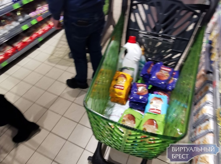 В Беларуси вырос спрос на некоторые товары. Власти придумали, как сбить ажиотаж