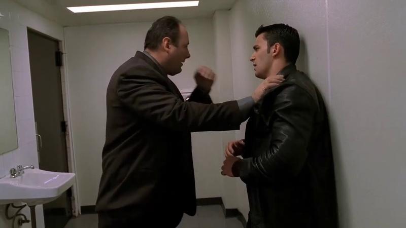 Клан Сопрано Тони избивает Джеки Априла