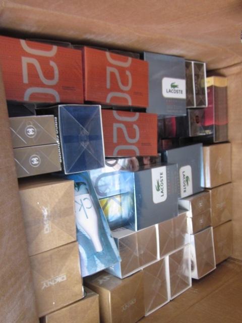 Ростовские таможенники обнаружили контрафактную парфюмерию