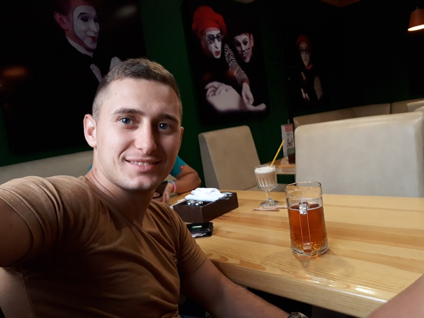 Сергей Стрельченко, 27 лет