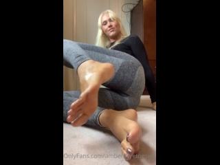 Watch Big size 11 oily soles - Big Feet Feet Fetish Foot Fetish Solo Blonde Fetish Porn - SpankBang