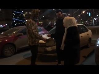 Милана Джикаева и сумочка \ Типичная Махачкала