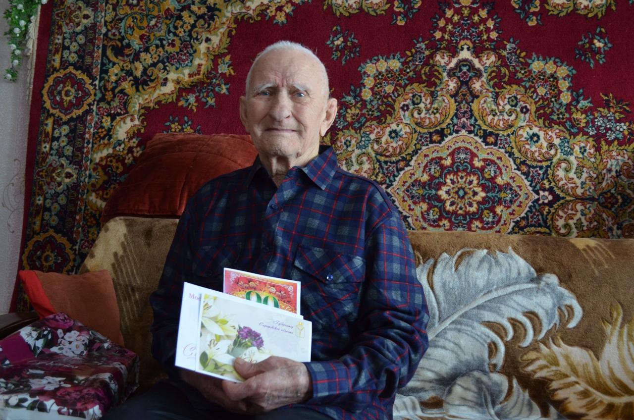 Сегодня 90-летний юбилей отмечает житель Петровска Николай Иванович Храмов