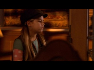 Рокси Хантер и секрет мрачного призрака / Roxy Hunter and the Mystery of the Moody Ghost (2007) (детектив, семейный)