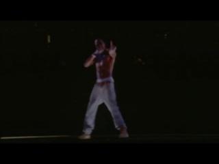 Тупака оживили! Голограмма 2PAC на Coachella 2012