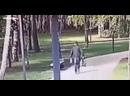 Мужчина в РТ избивает женщин