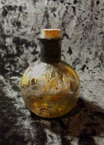 отворот - Ведьмины бутылки и все о них. Как сделать ведьмину бутылку.  OpW4DYgdyH8
