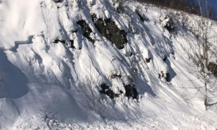 В ВКО сохраняется угроза схода лавин