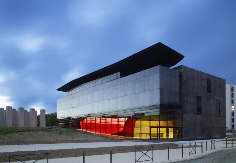 2012: FRAC Bretagne, Музей современного искусства, Les Fonds Régionaux d'Art Contemporain (FRAC), Бретань, Франция