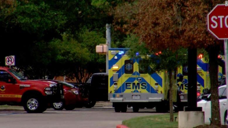 Жертвами стрельбы в Техасе стали три человека