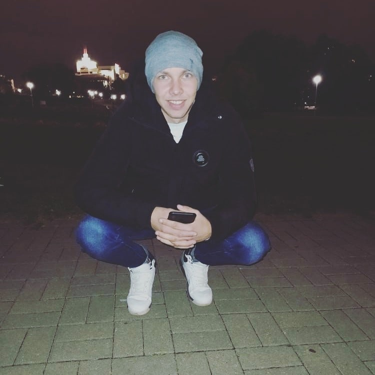 Влад, 21, Berezovka