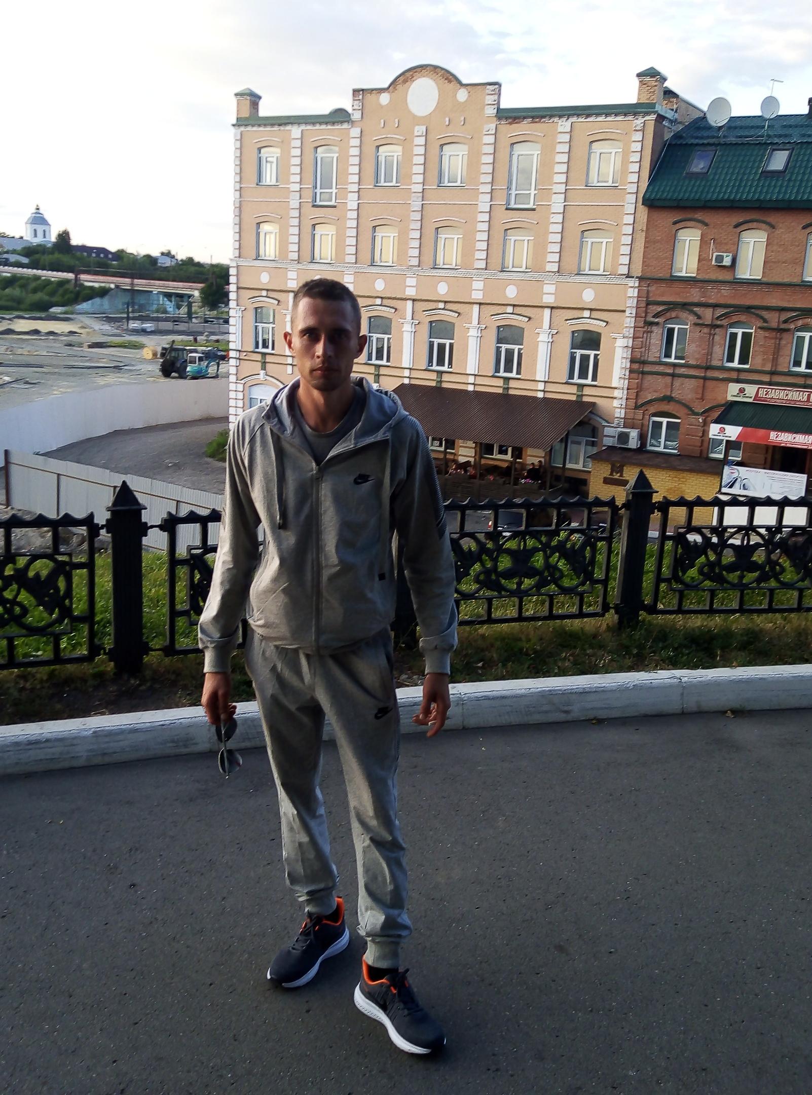 Сергей, 25, Syzran'