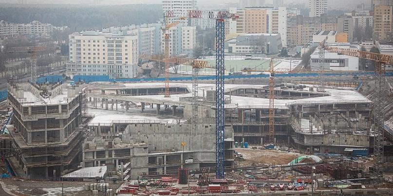 Долгострой был, есть и будет. «Газпром-центр» на проспекте Независимости снова с...