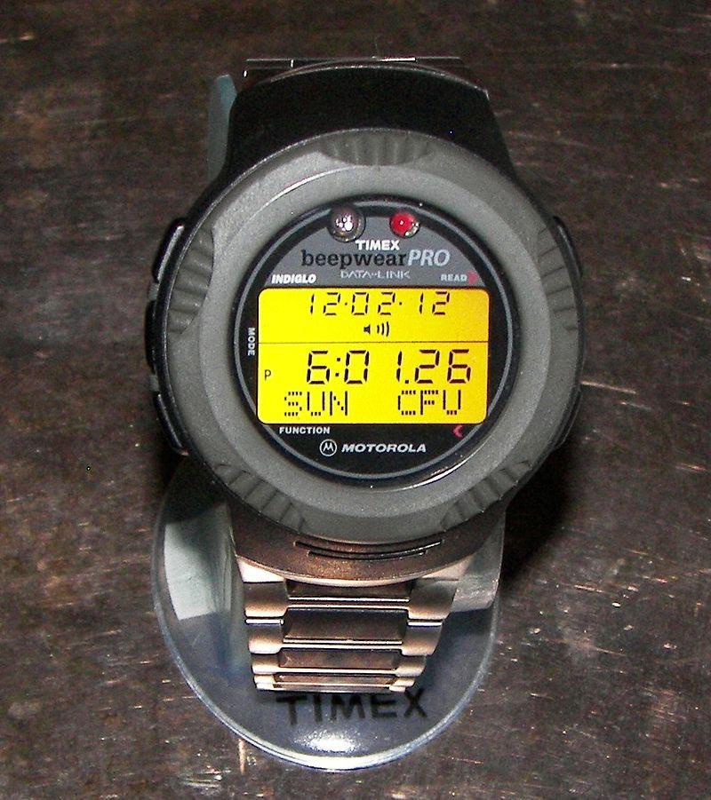 Наручные часы Motorola с пейджером
