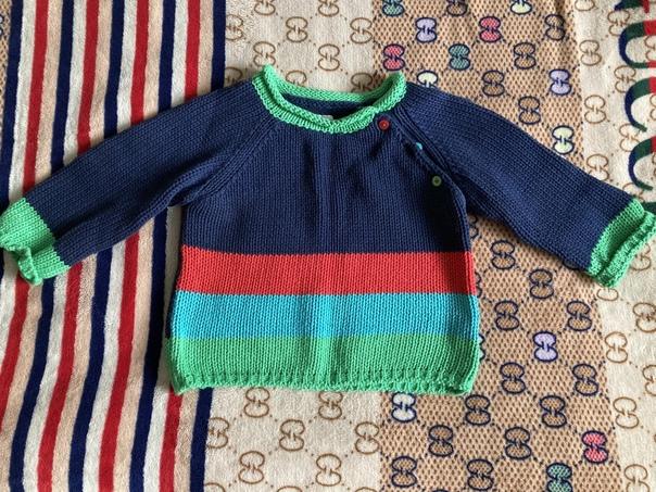 Джемпер для мальчика в отличном состоянии, размер ...