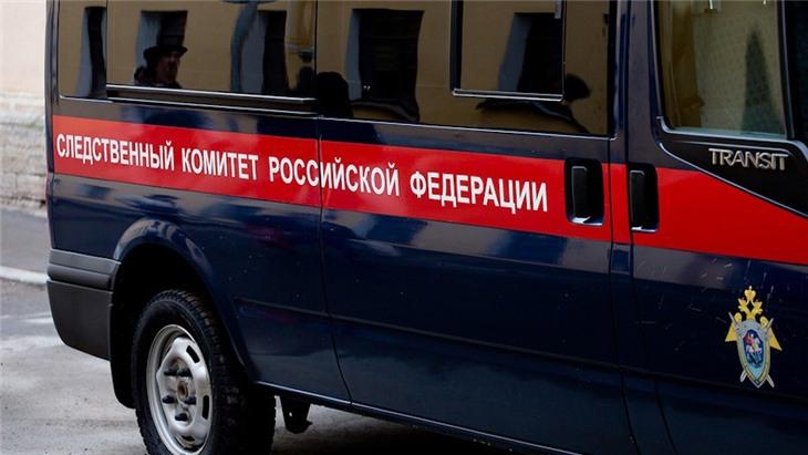 Сотруднику фирмы по дезинсекции Антону Котову, задержанному по делу об отравлении семьи на юго-востоке столицы, предъявлено обвинение в оказании услуг, не отвечающих требованиям безопасности и повлекших по неосторожности смерть двух человек.