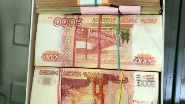 В Новочеркасске бывшую чиновницу подозревают в мош...