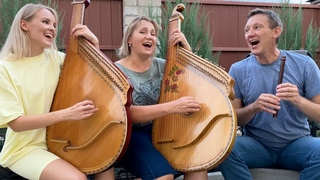 Mother, Father and Daughter Singing Beautiful Ukrainian Song!