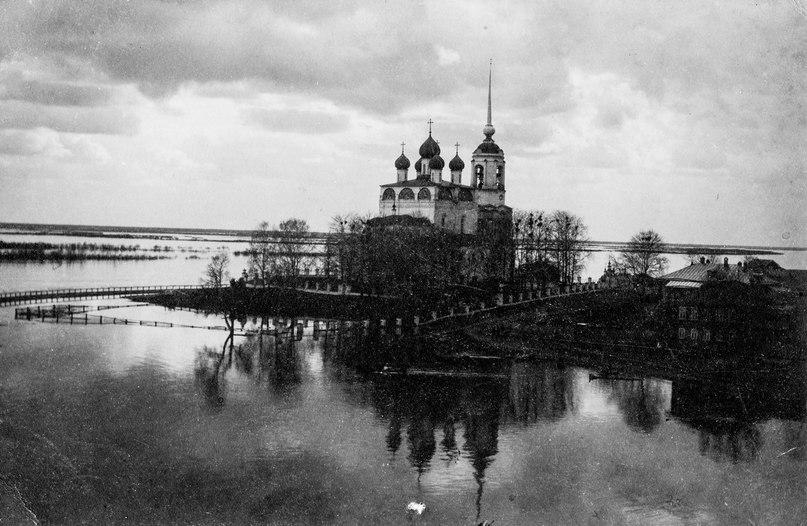 Фото В.А. Ешкилева. Наводнение 1914 года.Из семейного архива Ешкилевых.