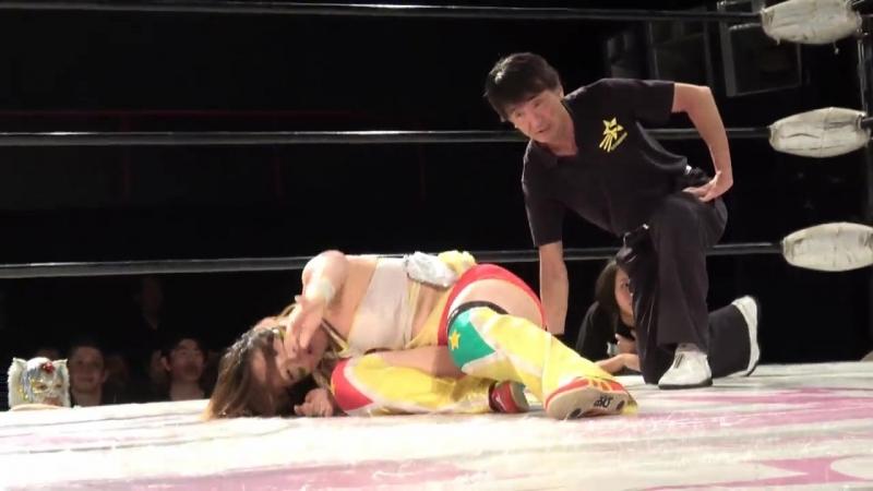 5. Jungle Kyona Natsuko Tora vs. Mari Apache Yoko Bito