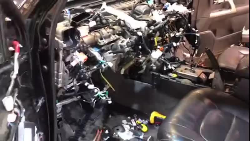 Toyota Land Cruiser Prado Автозвук и Шумоизоляция в Авто Ателье АврорА