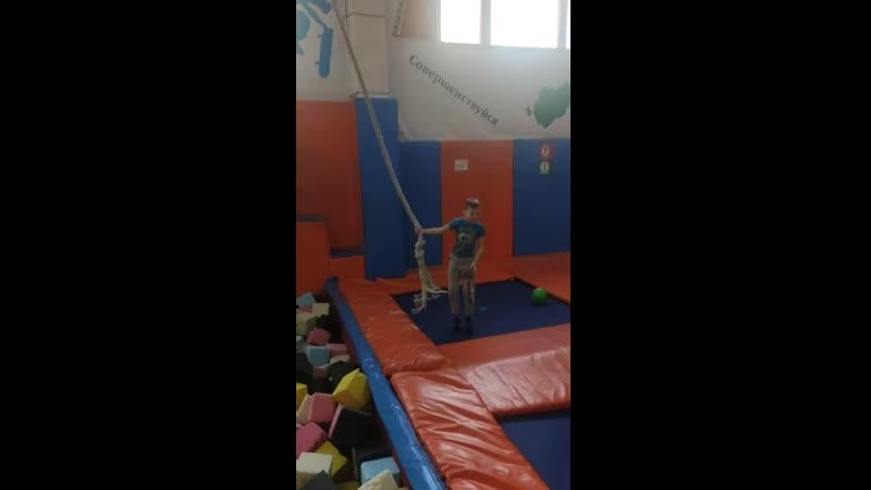 Video 3f3b79d8ad7bdade76ceccf4ac18de3f