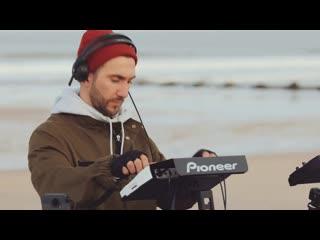 Hot Since 82 - Live  Pier Pressure x Hartlepool beach. 4 degrees vibes