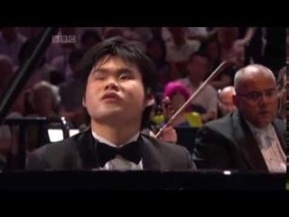 Rachmaninoff: Piano Concerto no.2  Nobuyuki Tsujii blind pianist BBC proms
