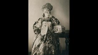 Русские красавицы в национальных костюмах. Русский народный костюм